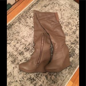 Qupid over the knee boots 👢 size 9